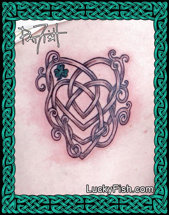 Custom adaptation of the Celtic motherhood knot