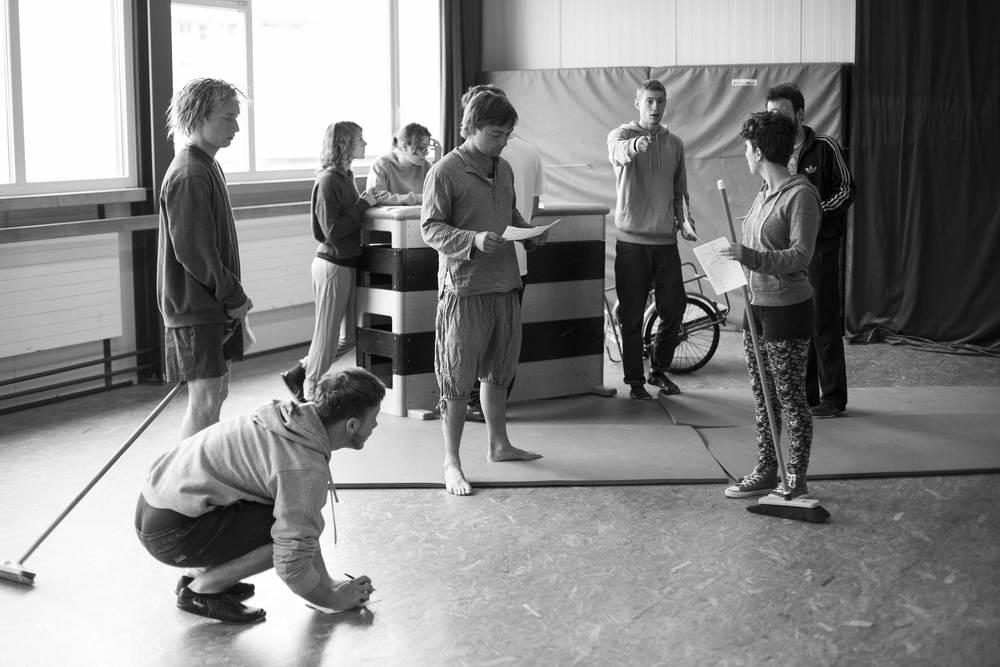 compagnie-trottvoir-produktion-2014-zirkus-luzern_14.jpg