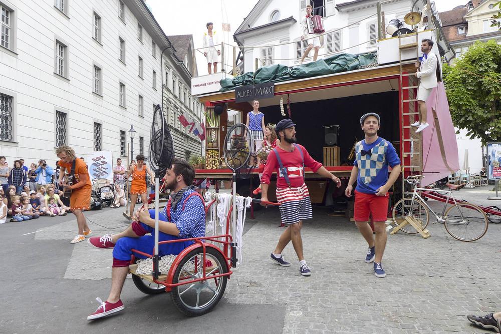 Compagnie-Trottvoir-2014-Luzern-02.jpg