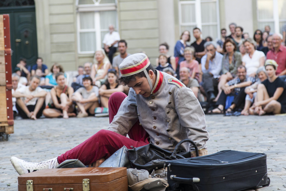 compagnie-trottvoir-2015-sofort-savoire-vivre_show_03.jpg
