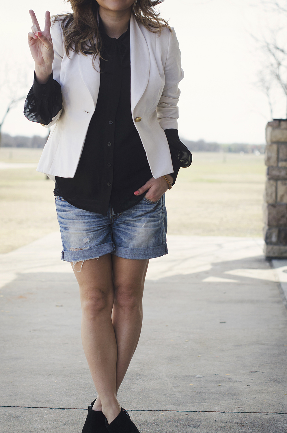 white-blazer-black-blouse-maternity