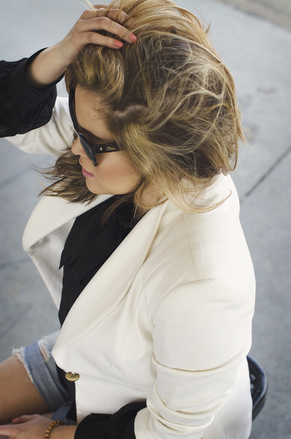 white-blazer-black-blouse-closeup