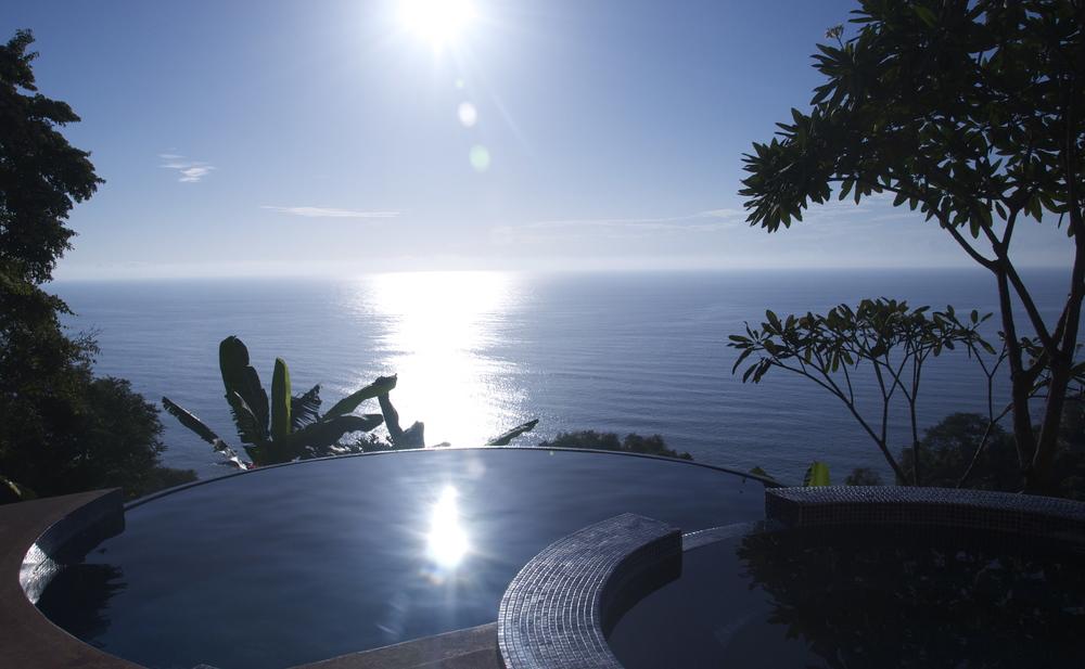 Epic Pool & View