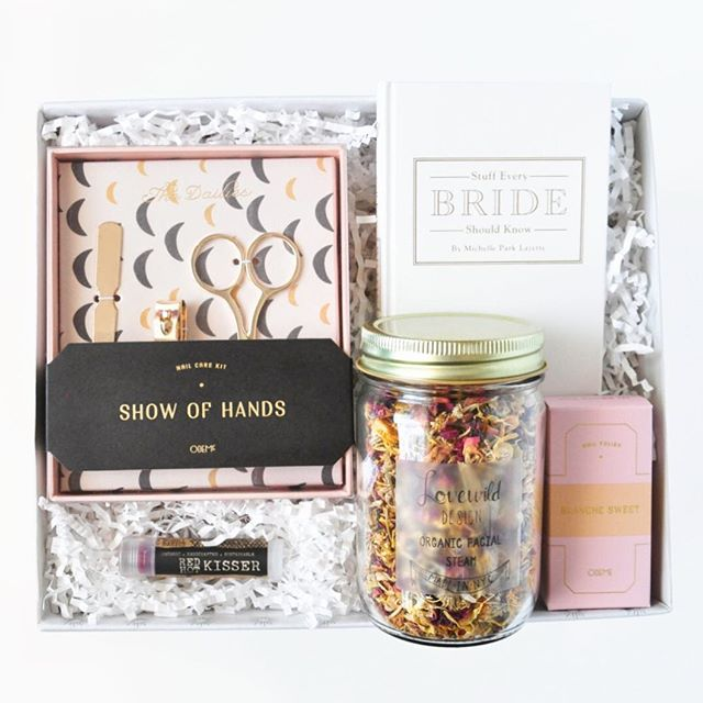 Here comes the bride! 👰🏻 A fresh mani, a quick facial, and some sound advice for the Bride to Be. #givegreatgifts . . . .  #sunnydaymercantile #shopsmall #thebride #showergift #forthebride #risingtidesociety #communityovercompetition #sunnydayonsale #shopsunnyday #bridetobe #bridalshower
