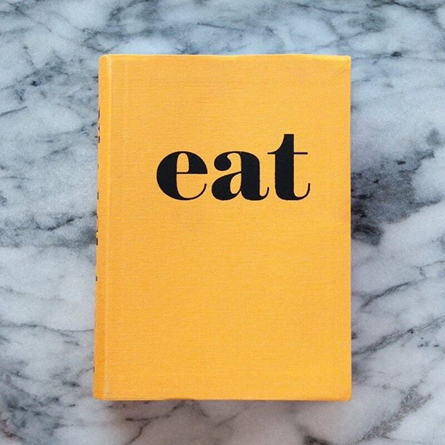 E A T // This is one of my favorite cookbooks and a go to for a housewarming or hostess gift.  In this little book of fast food, Britain's foremost food writer, Nigel Slater, presents a wholly enjoyable ode to those times when you just want to eat. Eat is bursting with recipes that are easy to get to the table, oftentimes in under an hour like the yummy fig and ricotta toast.  This is a collection of simple food—done well. On sale now in the SHOP - Link in Bio 👆 . . . #sunnydaymercantile #sunnydayonsale #sale #closingsale #shopsunnyday #givegreatgifts #eat #shoplocal #cookbook #hostessgift #housewarminggift #giftshop #shopstpete