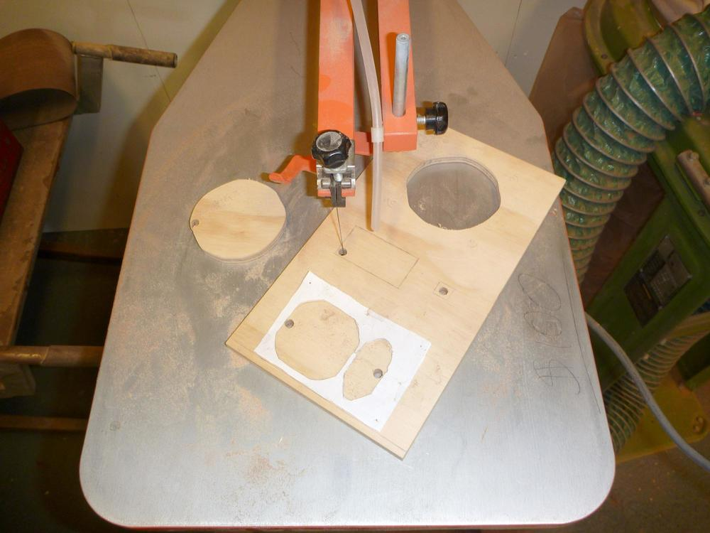 10-rear_scroll_saw.jpg