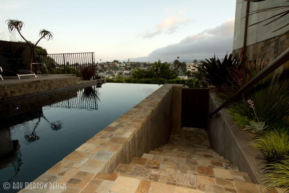infinity-edge-pool-and-stairs-manhattan-beach.jpg