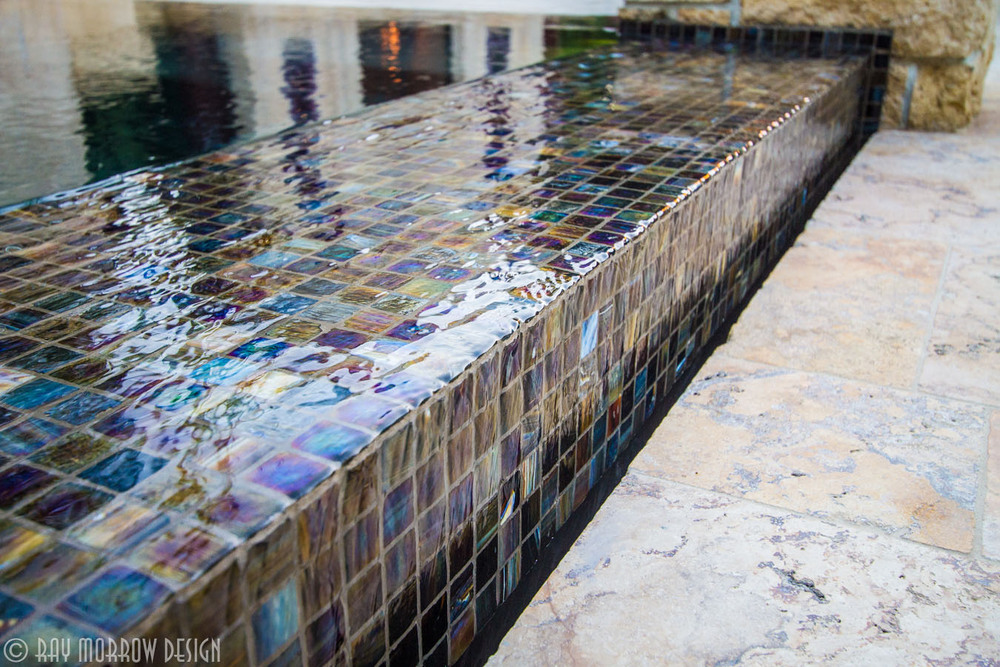 overflow-edge-spa-glass-tile-closeup-dana-point.jpg