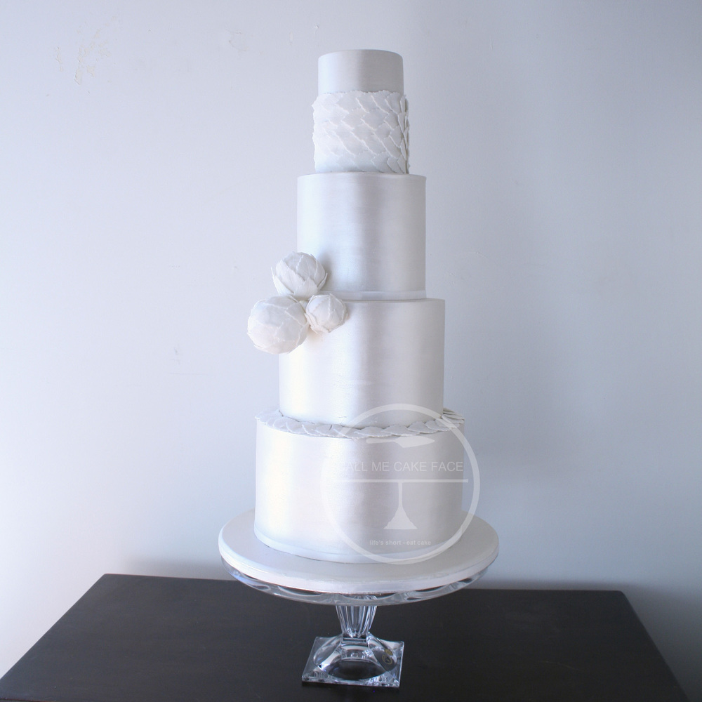 Peal Leaf Wedding Cake