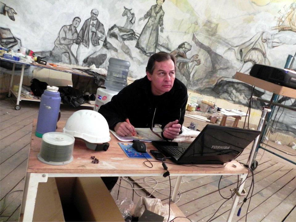 Raul Gonzalez, durante las obras de restauración de la Cupula de la Catedral de Concepcion del Uruguay, Argentina