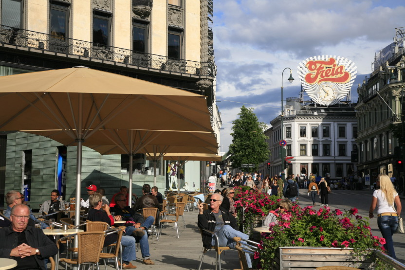 Cafe le long de Karl Johans Gate, Oslo
