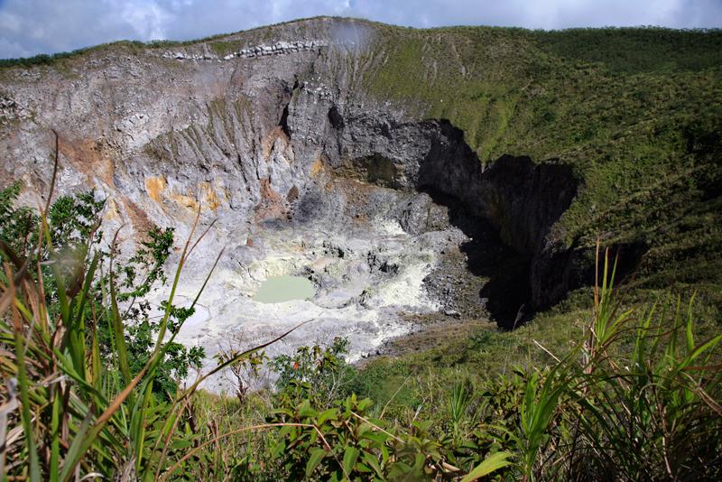 Le volcan Gunung Mahawu