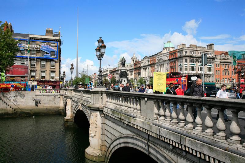 O'Connell Bridge & Street - © Sophie Dauwe