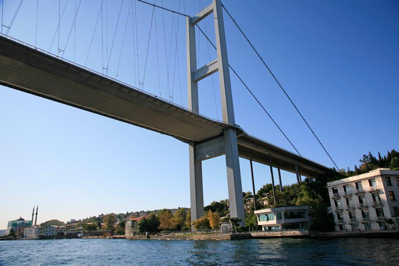 Pont Fatih Sultan Mehmet sur le Bosphore