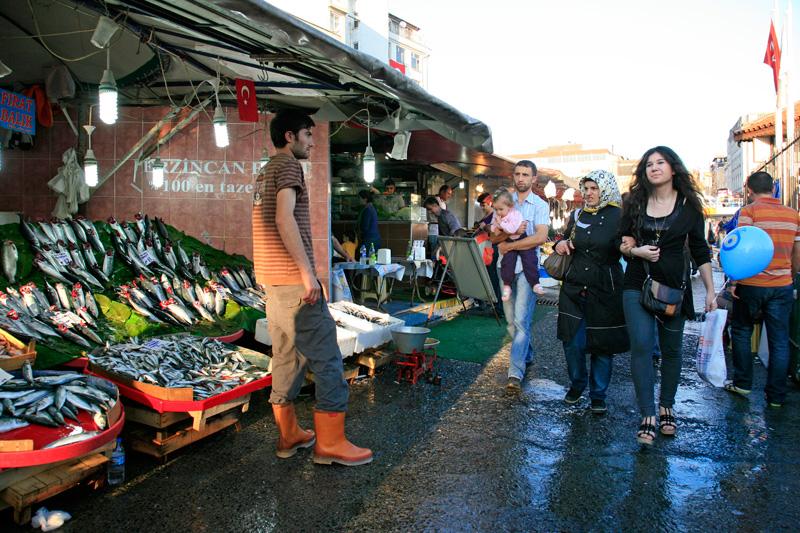 Marche aux poissons Karakoy