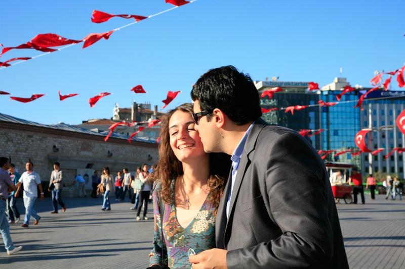 Les amoureux de la Place Taksim