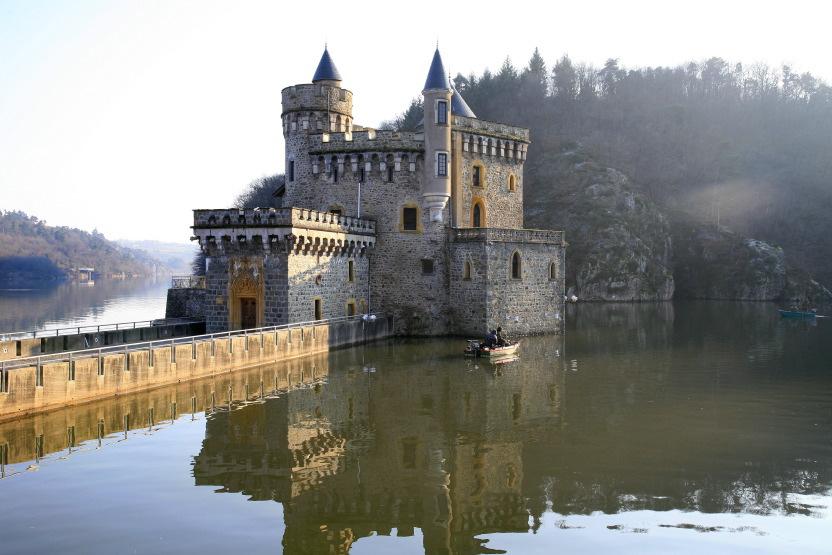 Le château de la Roche, dans les gorges de la Loire