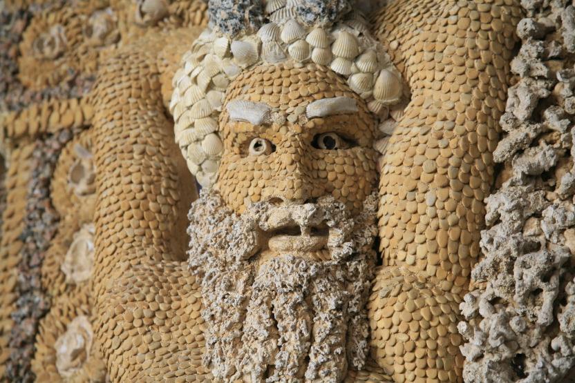 Bacchus dans la grotte en coquillage