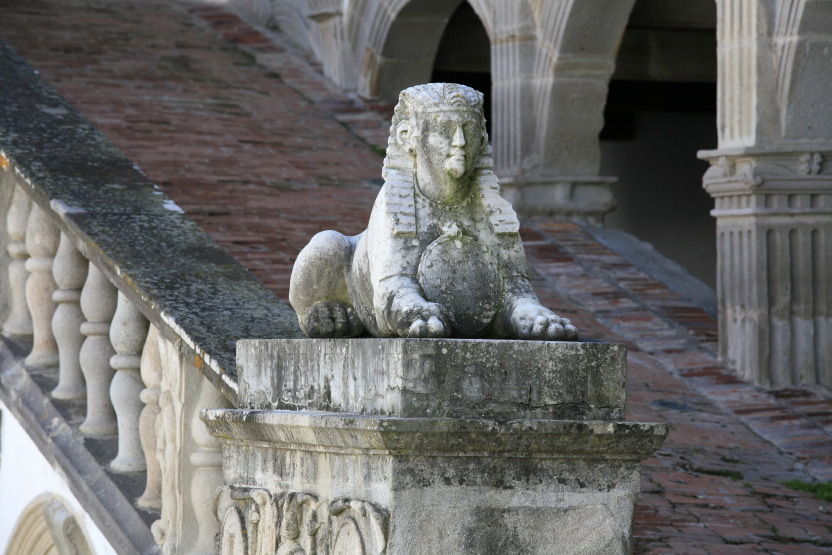 Le sphinx de la Bastie d'Urfé
