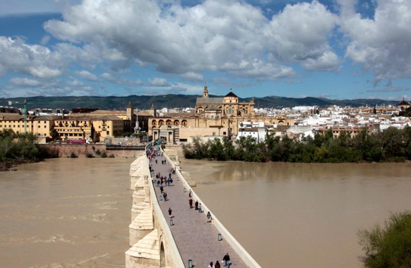 Le pont romain sur le Guadalquivir, Cordoue