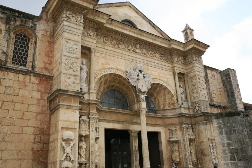 La première cathédrale des colonies, Santo Domingo