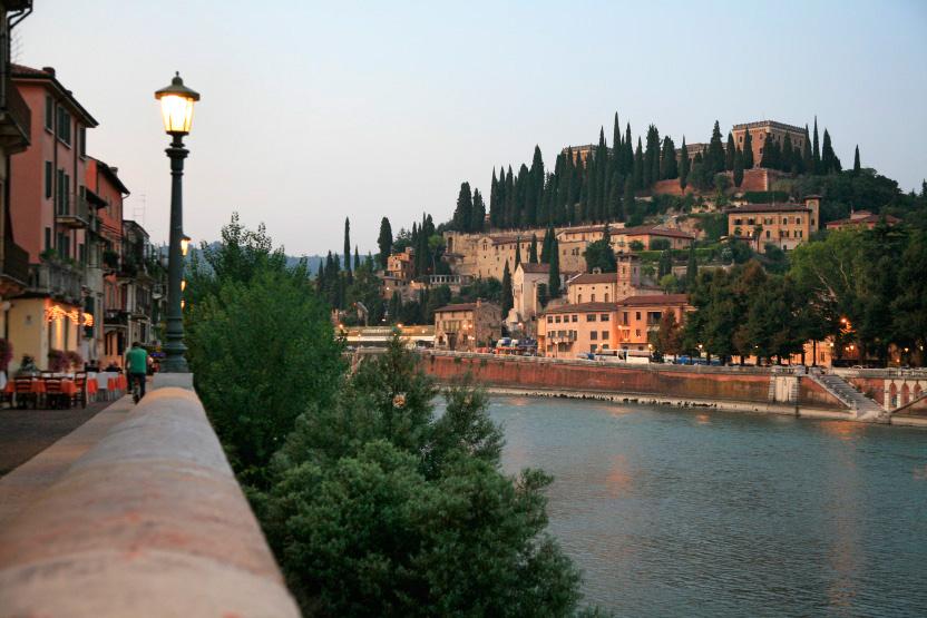 Vérone, sur les rives de l'Adige