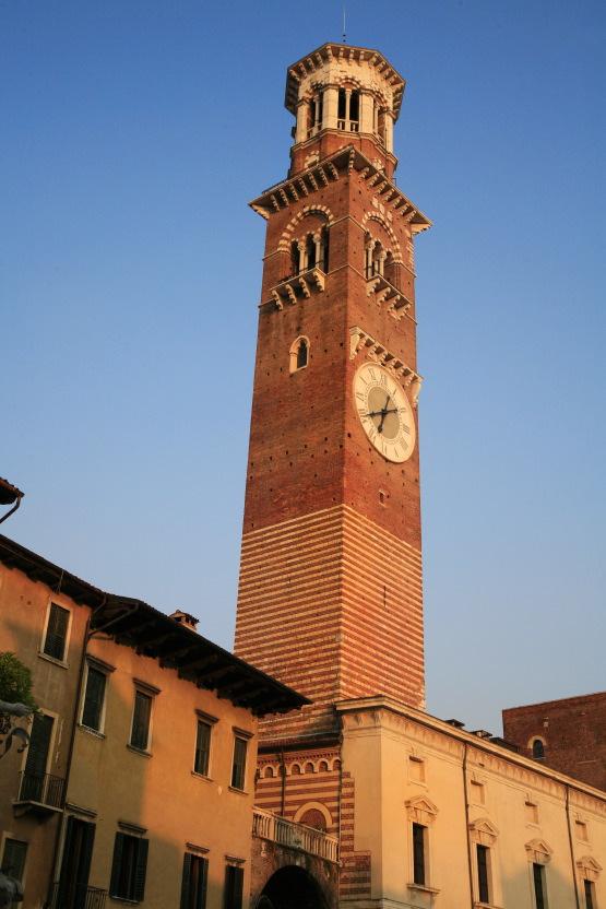 Torre dei Lamberti, Vérone