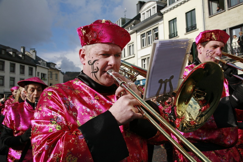 Fanfare de Stavelot (costume Chinois 2002)