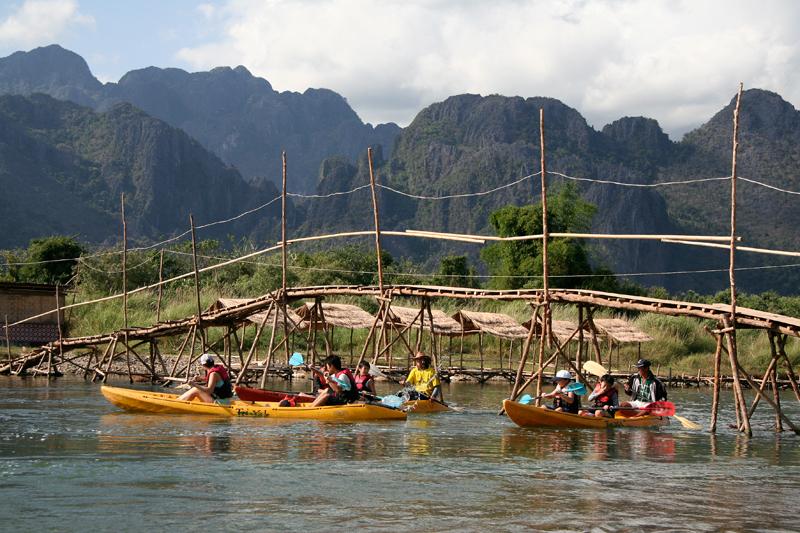 Vang Vieng, raft ou rando les possibilités sont infinies