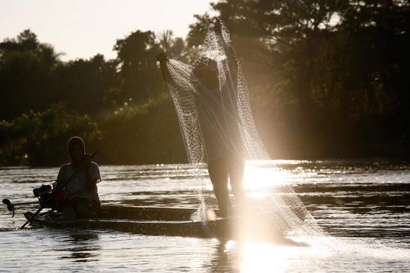 Pêcheur sur le Mékong, Don Det