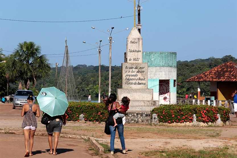 Sur l'autre rive de l'Oyapock : Oiapoque au Brésil