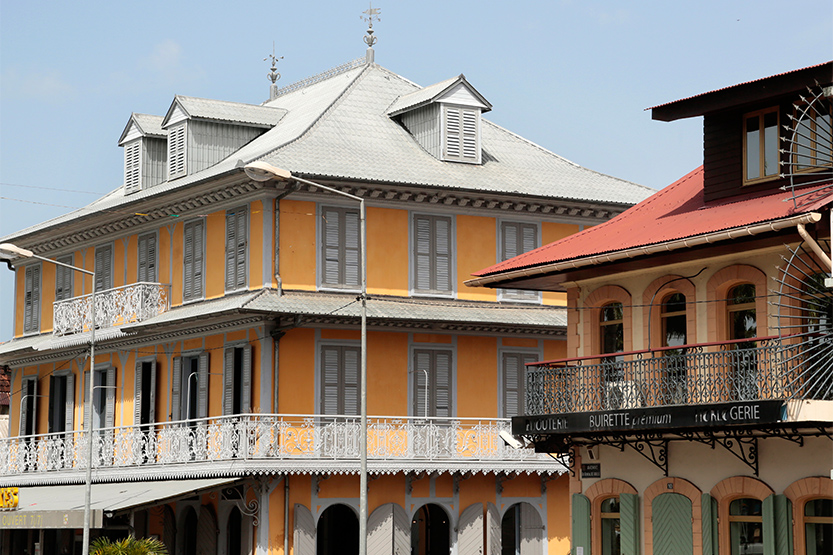 Maisons créoles place des Palmistes, Cayenne