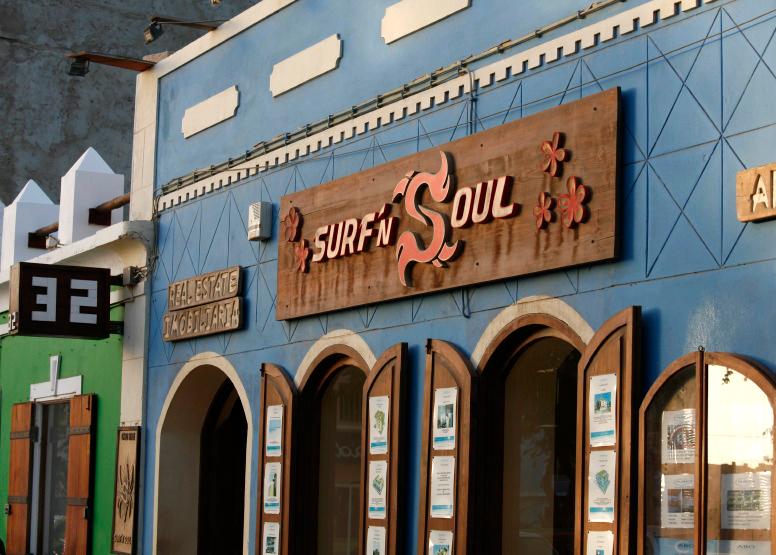 Boutique de surf à Santa Maria