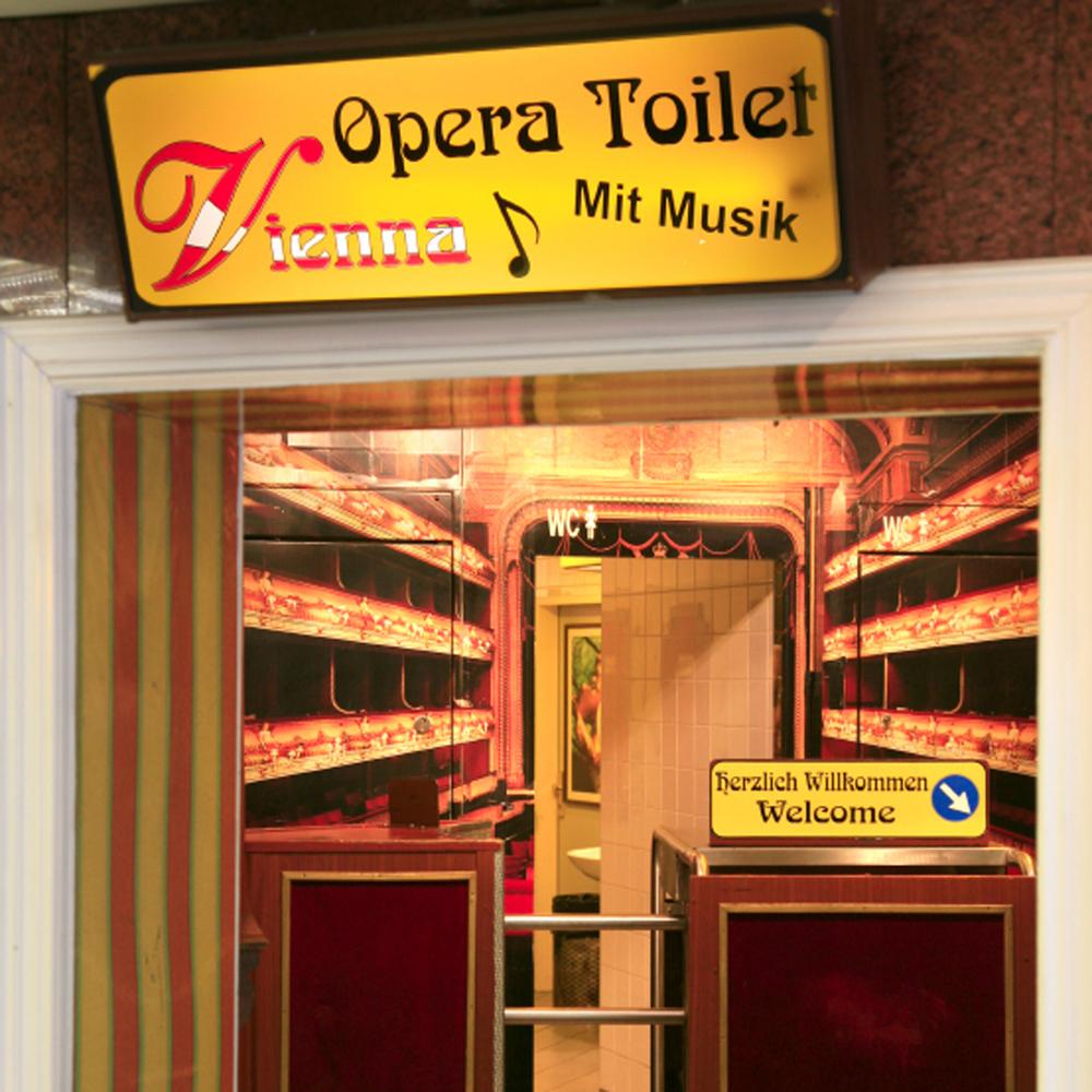 Opera Toilet dans le Métro