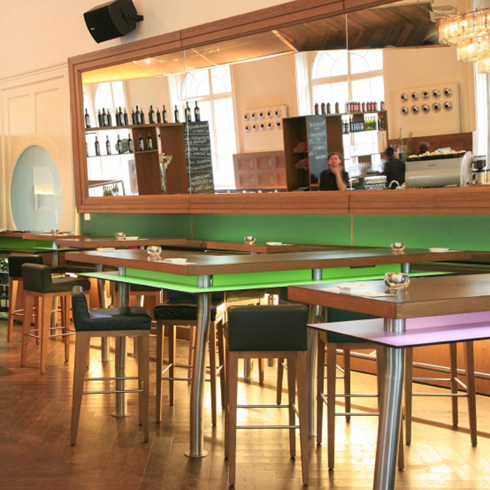 Österreicher Gasthaus Bar au MAK (Musée des Arts appliqués)