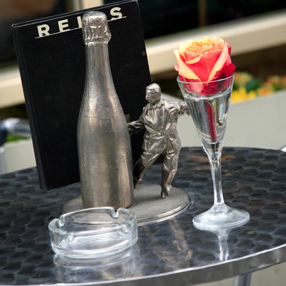 Reiss Bar par les architectes du Coop Himmelb(l)au