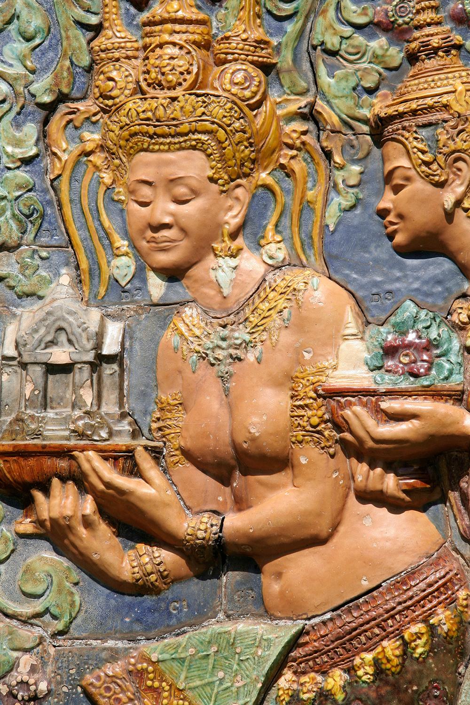 Bas-relief  à Wat Phnom