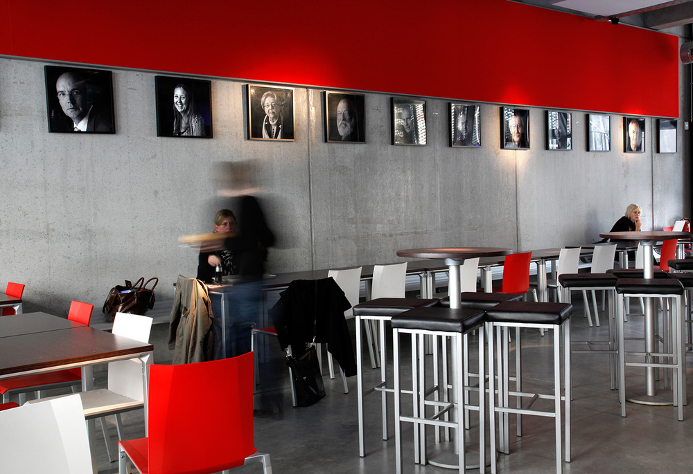 RITS Café, rue Dansaert où les artistes doivent être vus