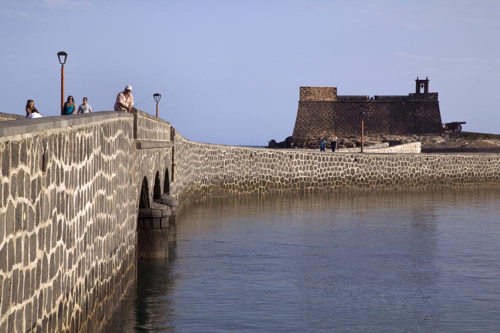 Au nord d'Arrecife, le fort de San Jose
