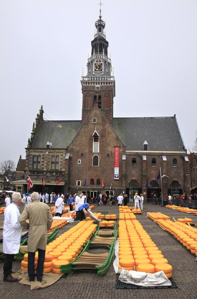 Sur la Grand Place d'Alkmaar © JJ Serol