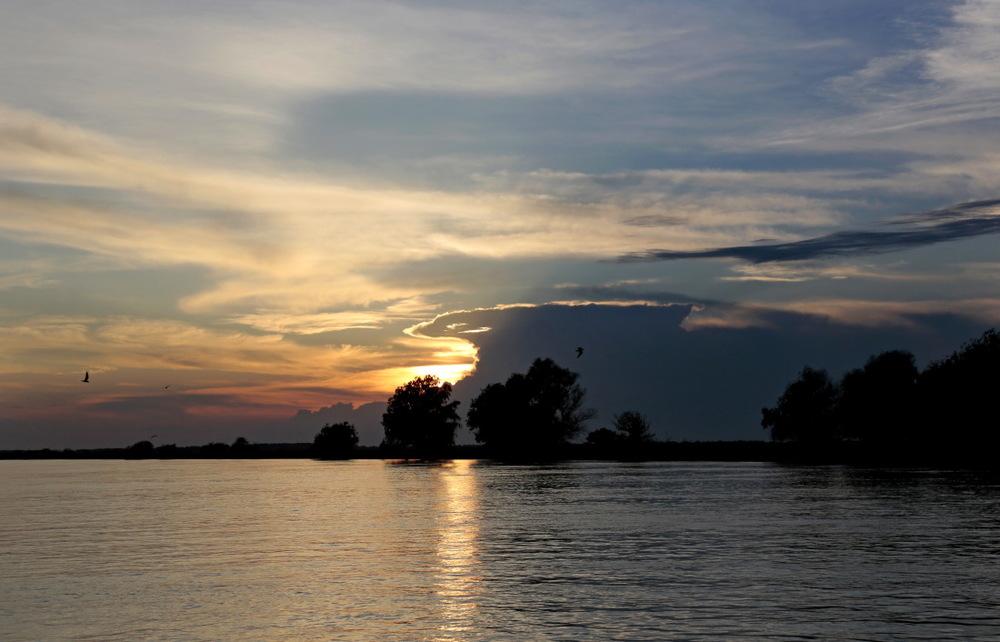 Soleil couchant sur le Delta du Danube