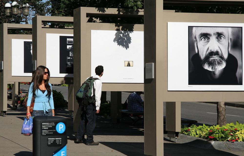 Une expo photo dans les rues du Quartier latin