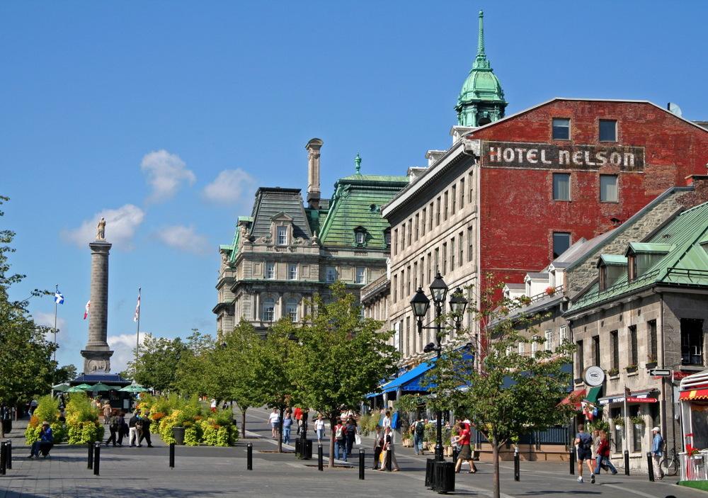Trop joli, le Vieux Montréal sous le soleil...