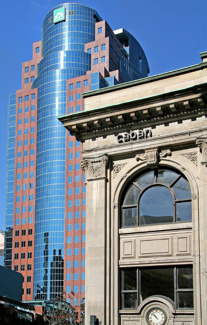 Contraste de l'architecture