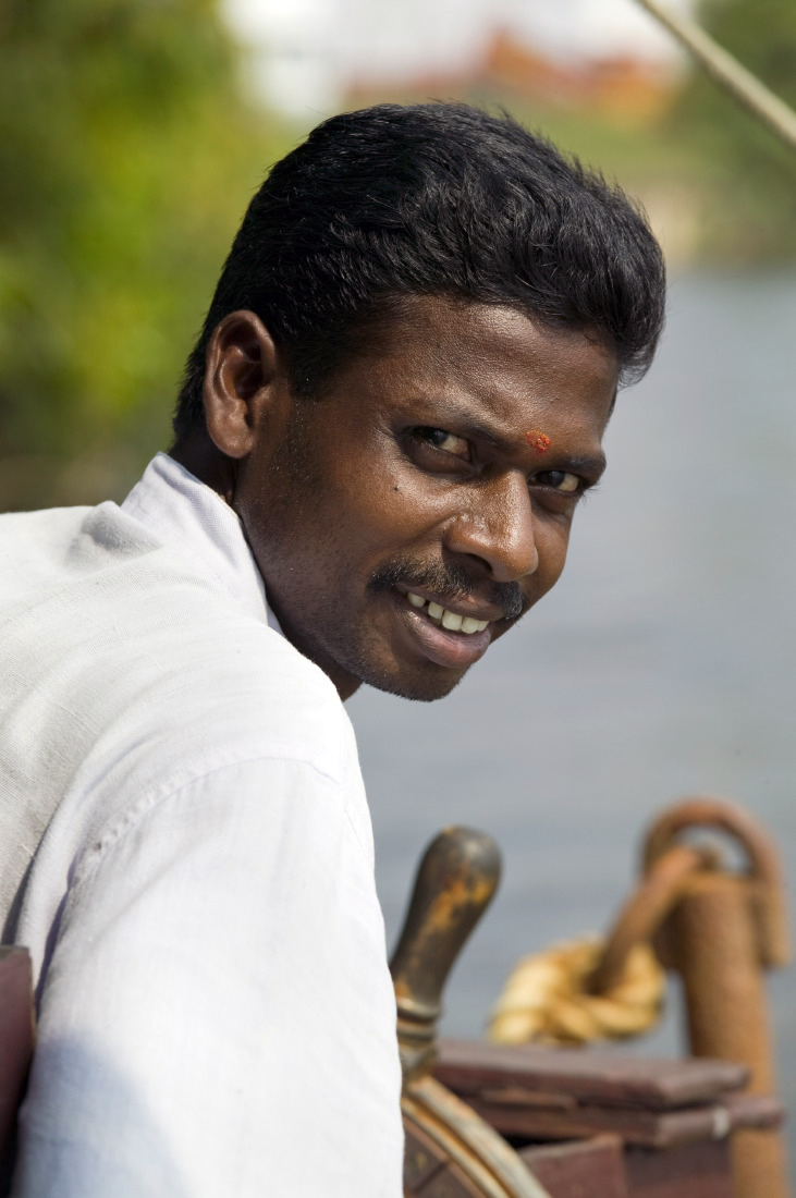 Le Capitaine de notre houseboat, backwaters, kerala © S. Dauwe