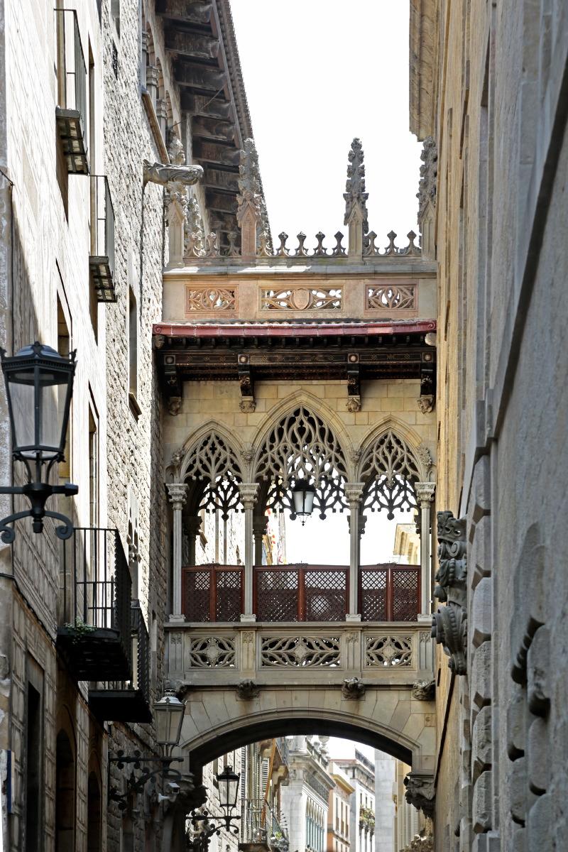 pont du bisbe, quartier gothique © JJ Serol