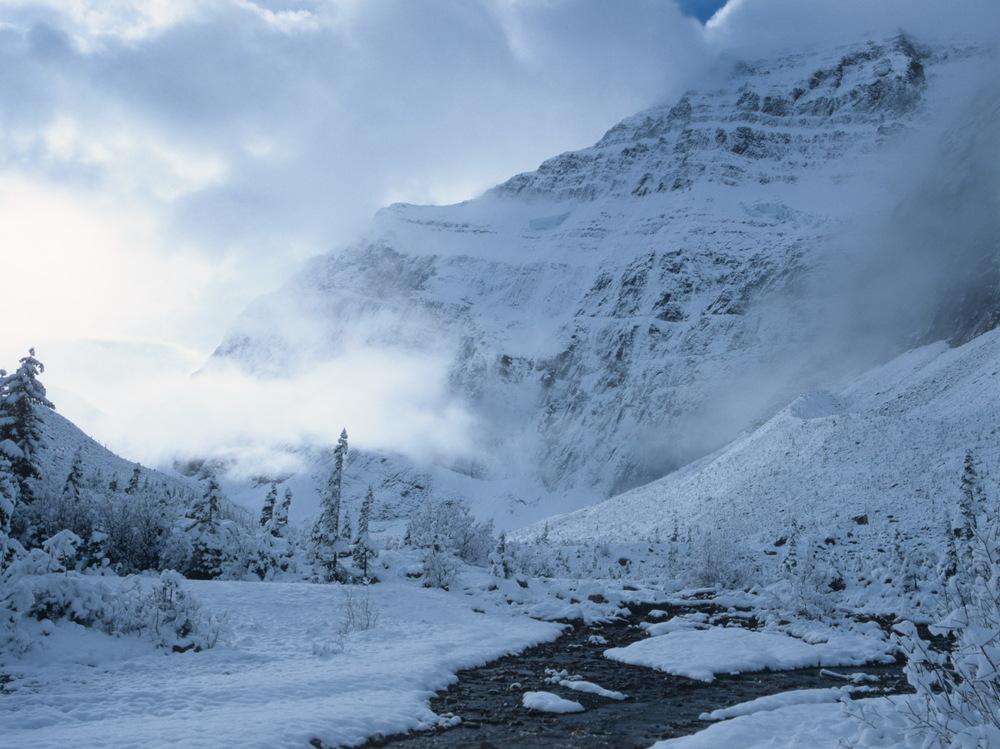 Patiti matin, rando jusqu'au lac et Mt Edith Cavell