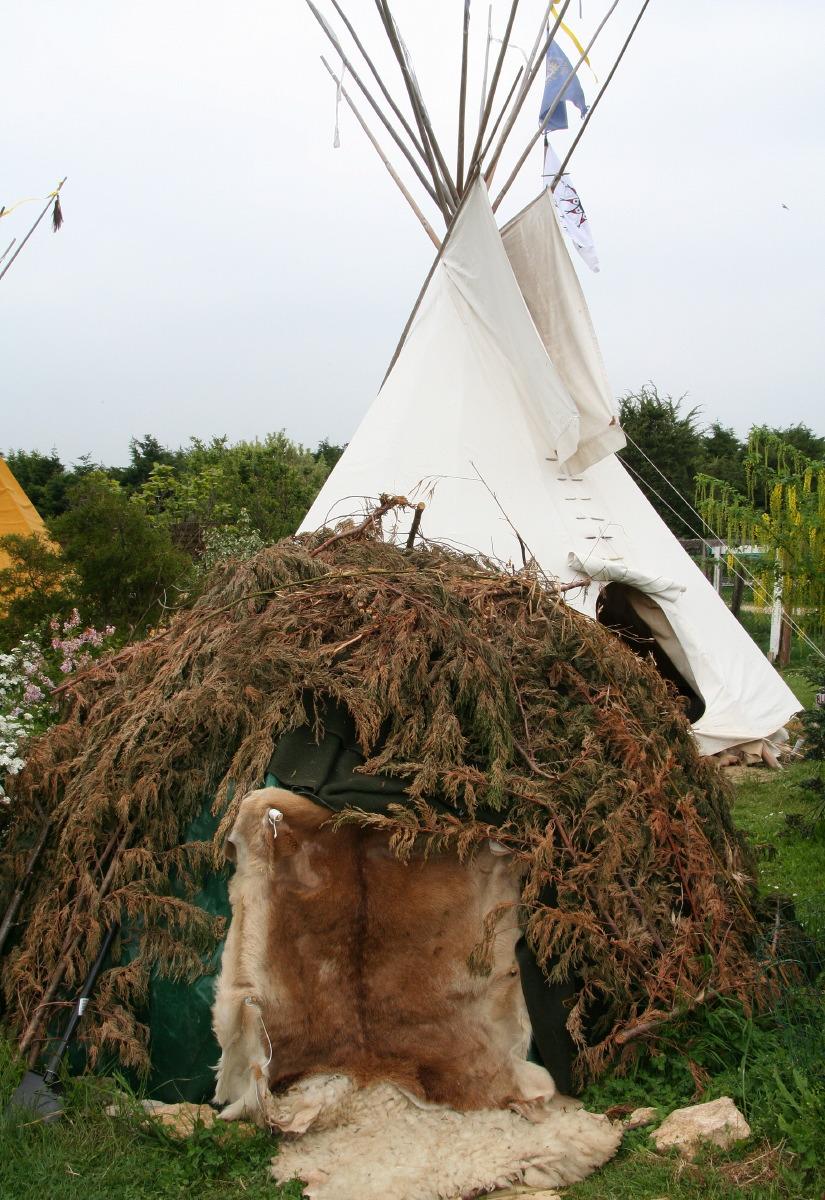 Une hutte de sudation