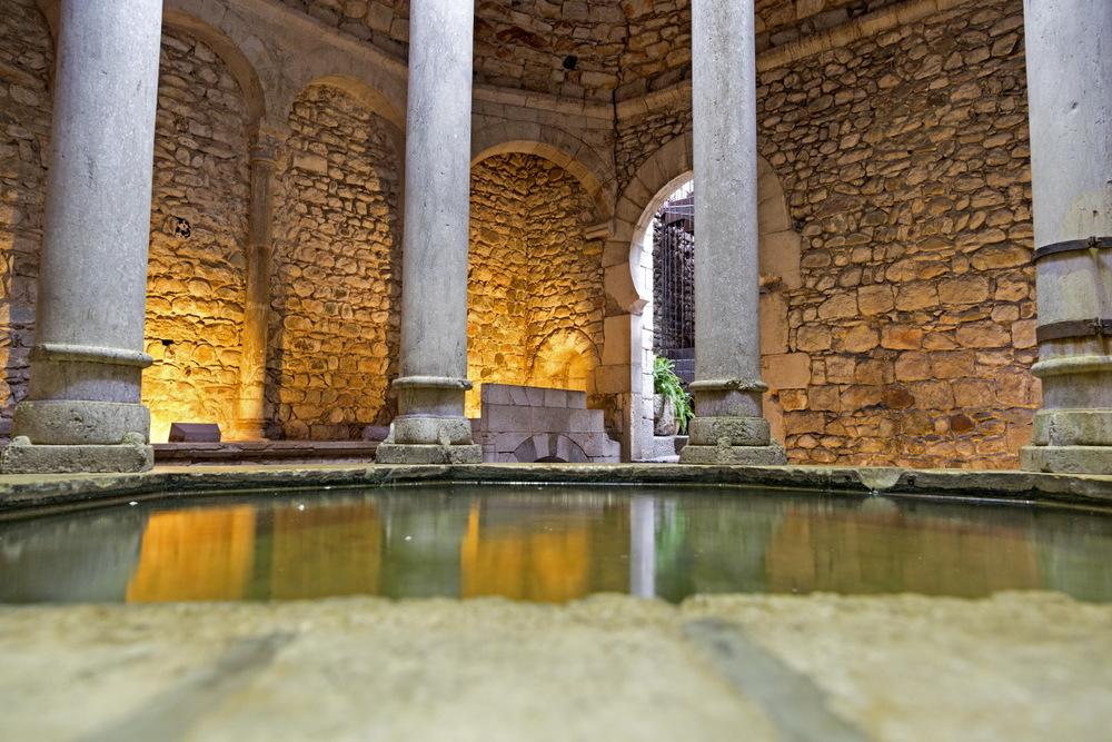 Gérone, les bains arabes