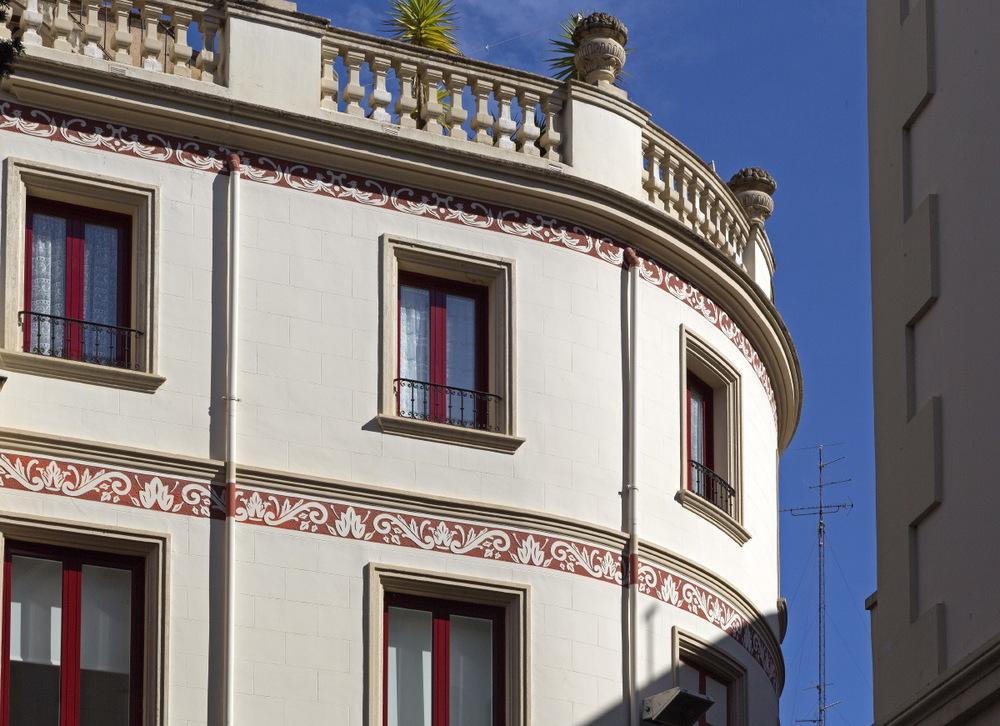 Superbe architecture le long de la Rambla, Figueras